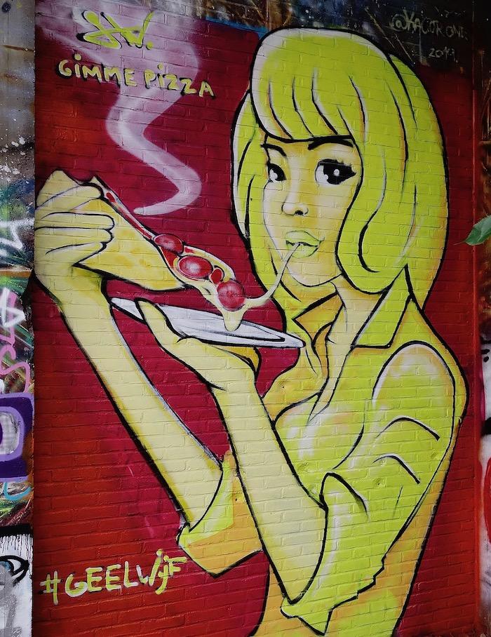 straatkunst-geelpizza - 1