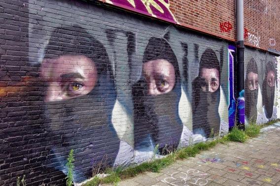 straatkunst-vijffaces1 - 1